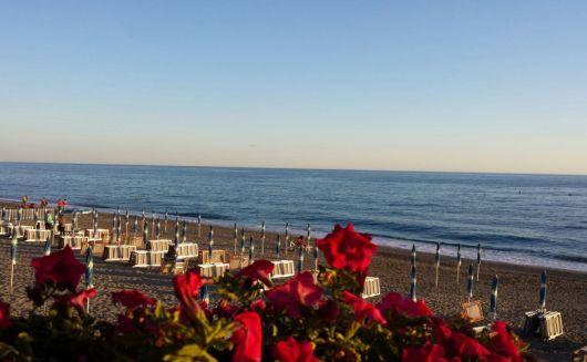 Bagni Blue Marlin Nervi : Hotel arcobaleno bagni bagni arcobaleno